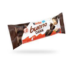KINDER BUENO DARK son dos crujientes barritas con relleno cremoso de leche y avellanas recubiertas de una fina capa de delicioso chocolate negro. Perfecto para comer en cualquier momento del día.